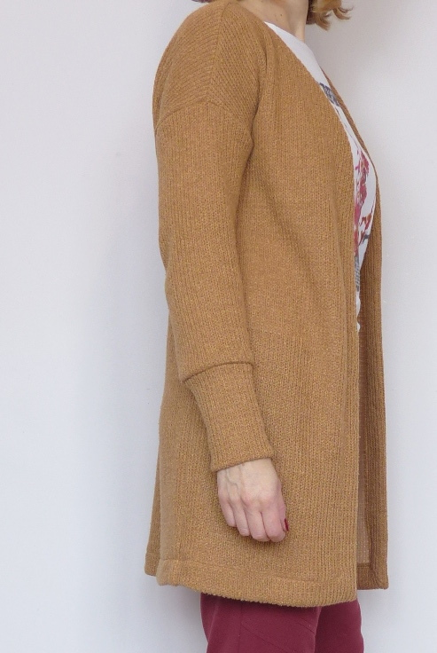 dress pattern adapted to a casual cardigan
