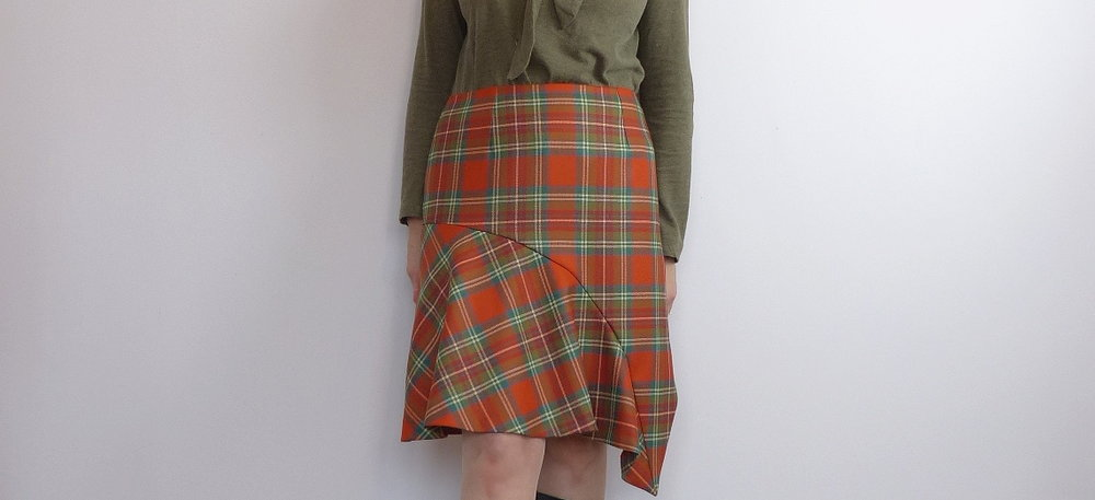 Tartan flare skirt