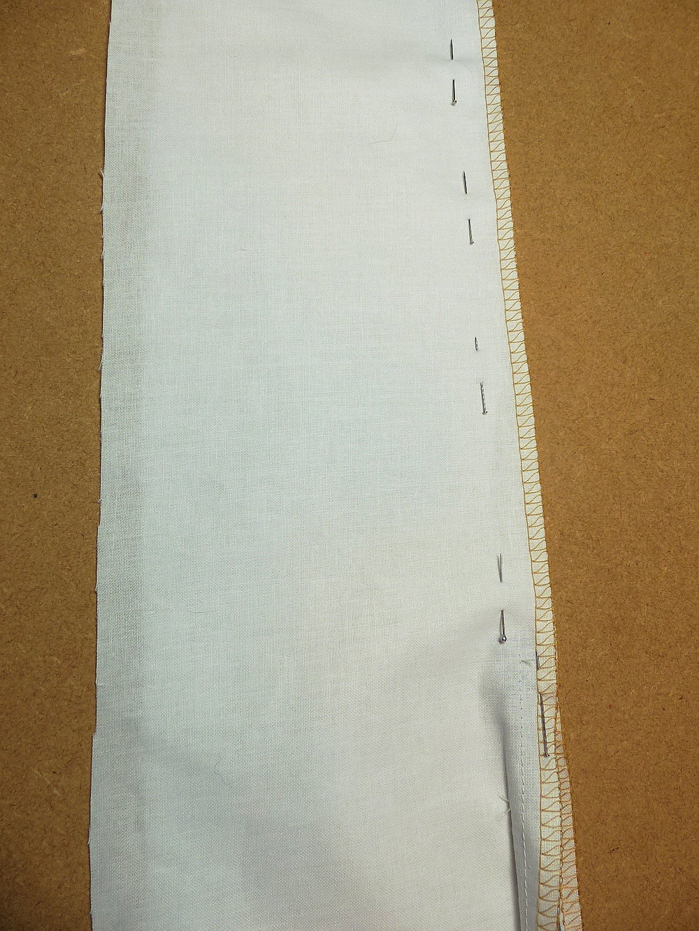 Concealed zip method using a standard zipper foot