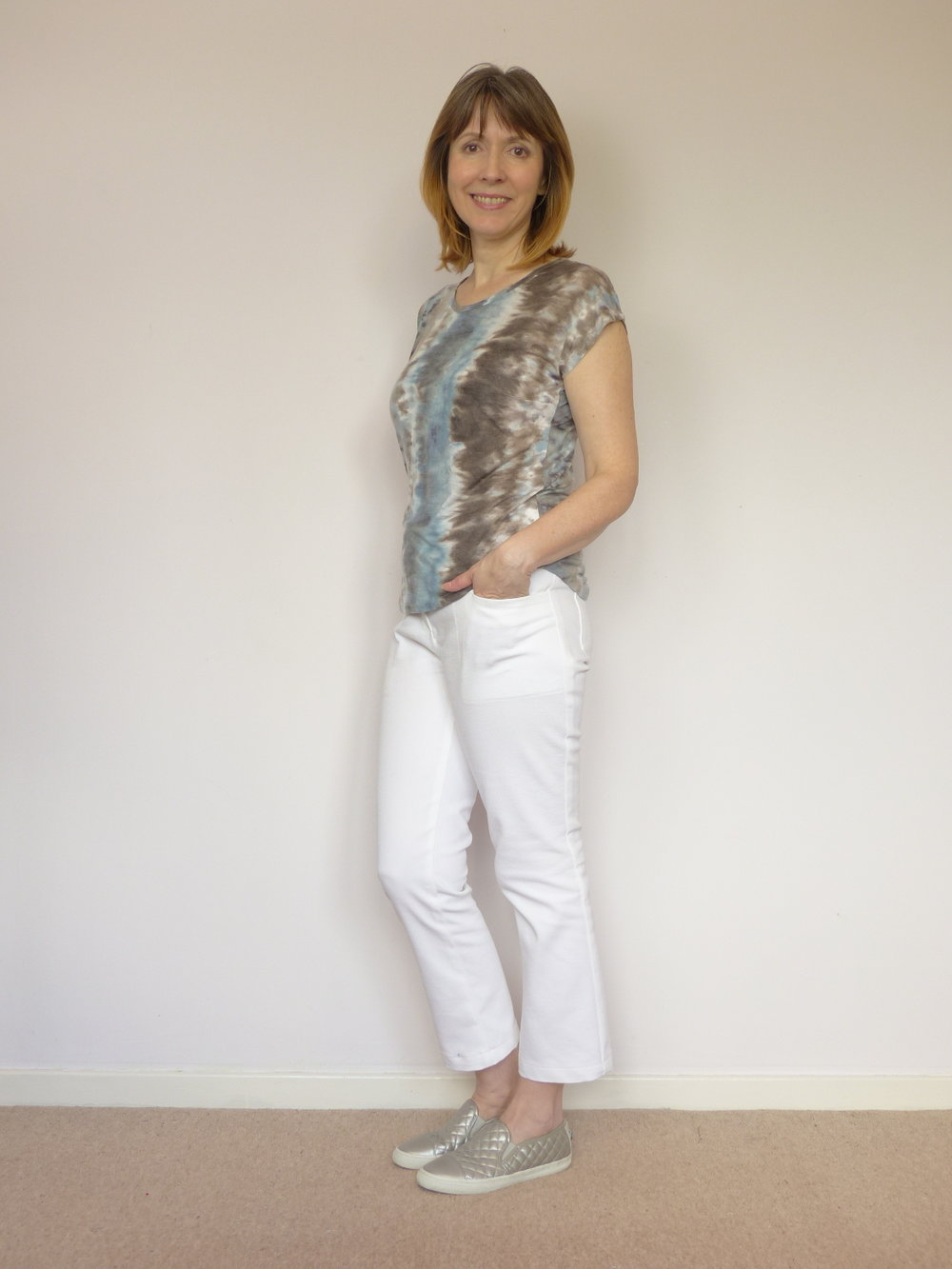 Jeans with a bulk-free pocket method
