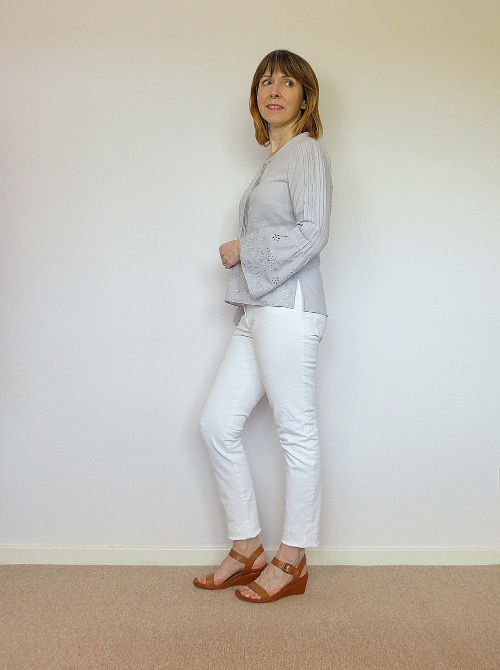 How to....tucks and box pleat sleeve details