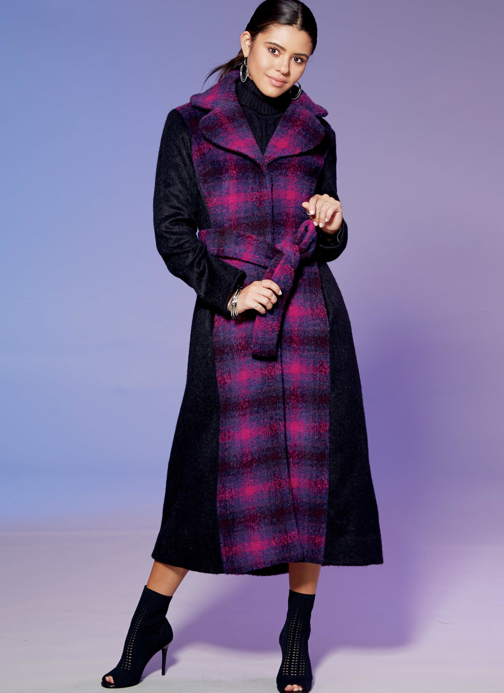 Fall/Winter '17 trends and sewing inspiration. McCalls 7667: Belted coat.