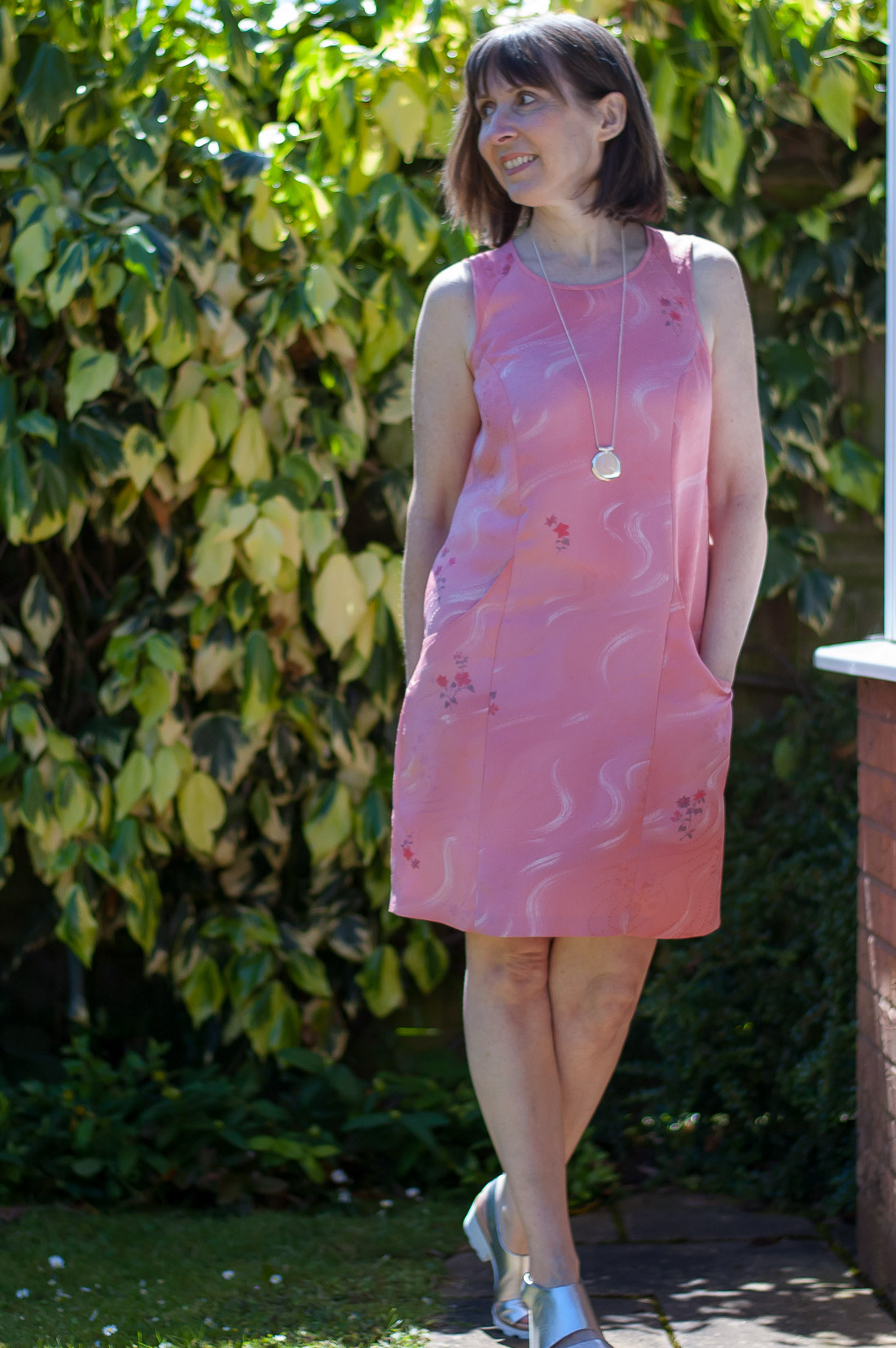 Princess Seam Dress Plus DIY Tutorial For In-Panel Pockets