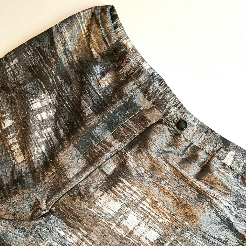 Metallic brocade pants