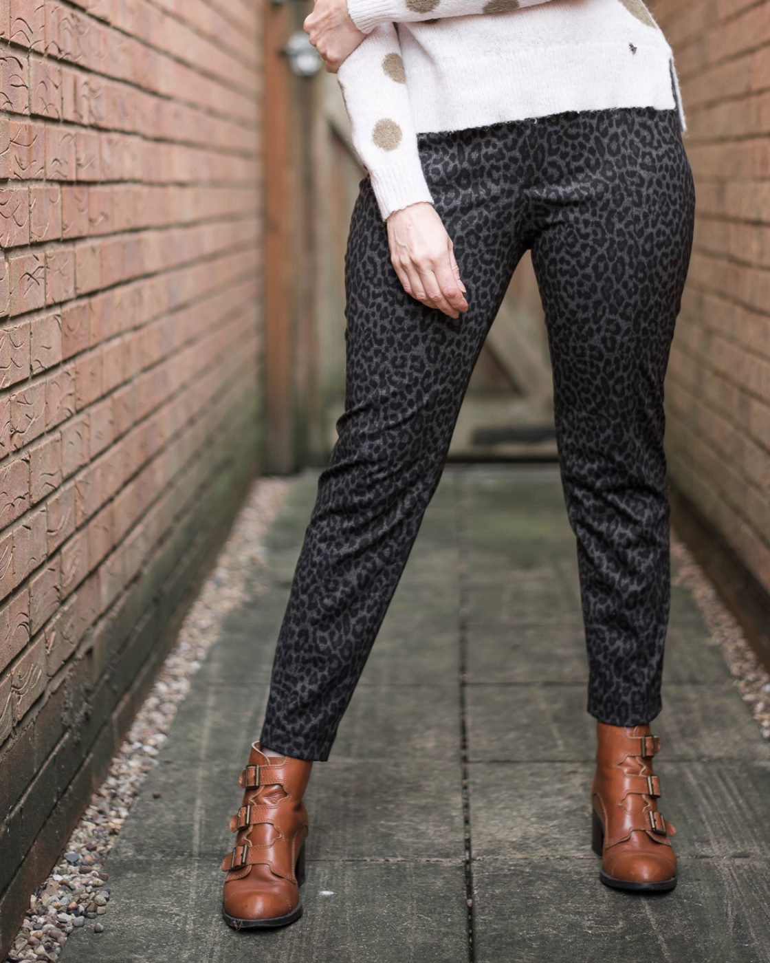 Leopard Print Skinny Pants using Vogue 9210