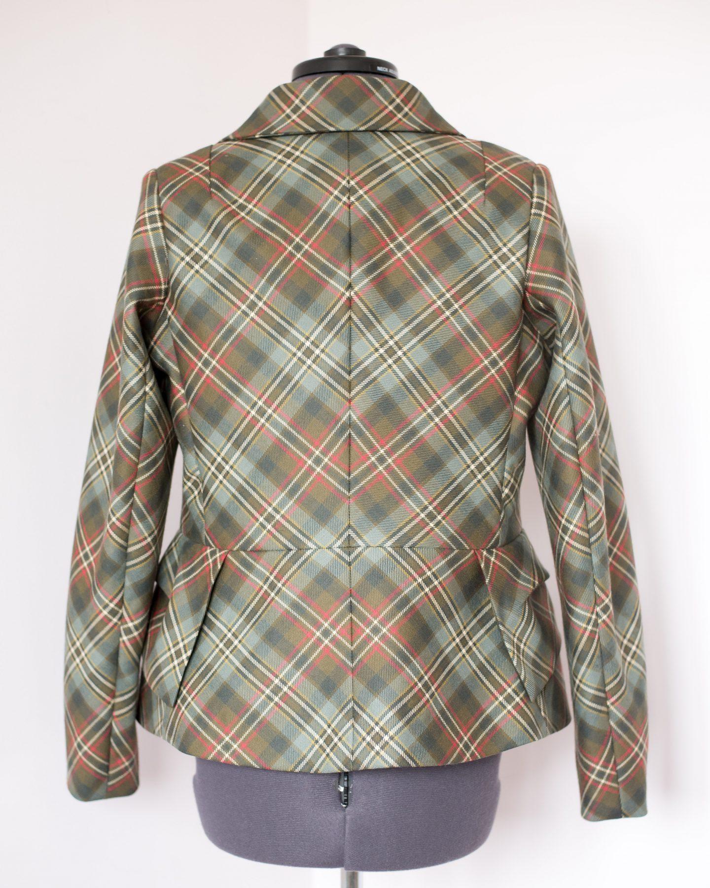 Tailored jacket part 2. Back view pattern matching.