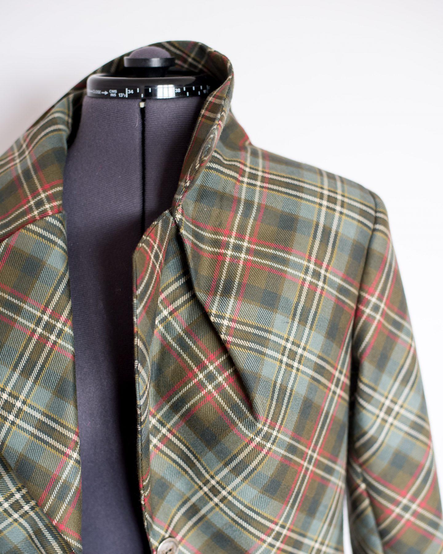 Tailored jacket part 2. Bust pleat detail.