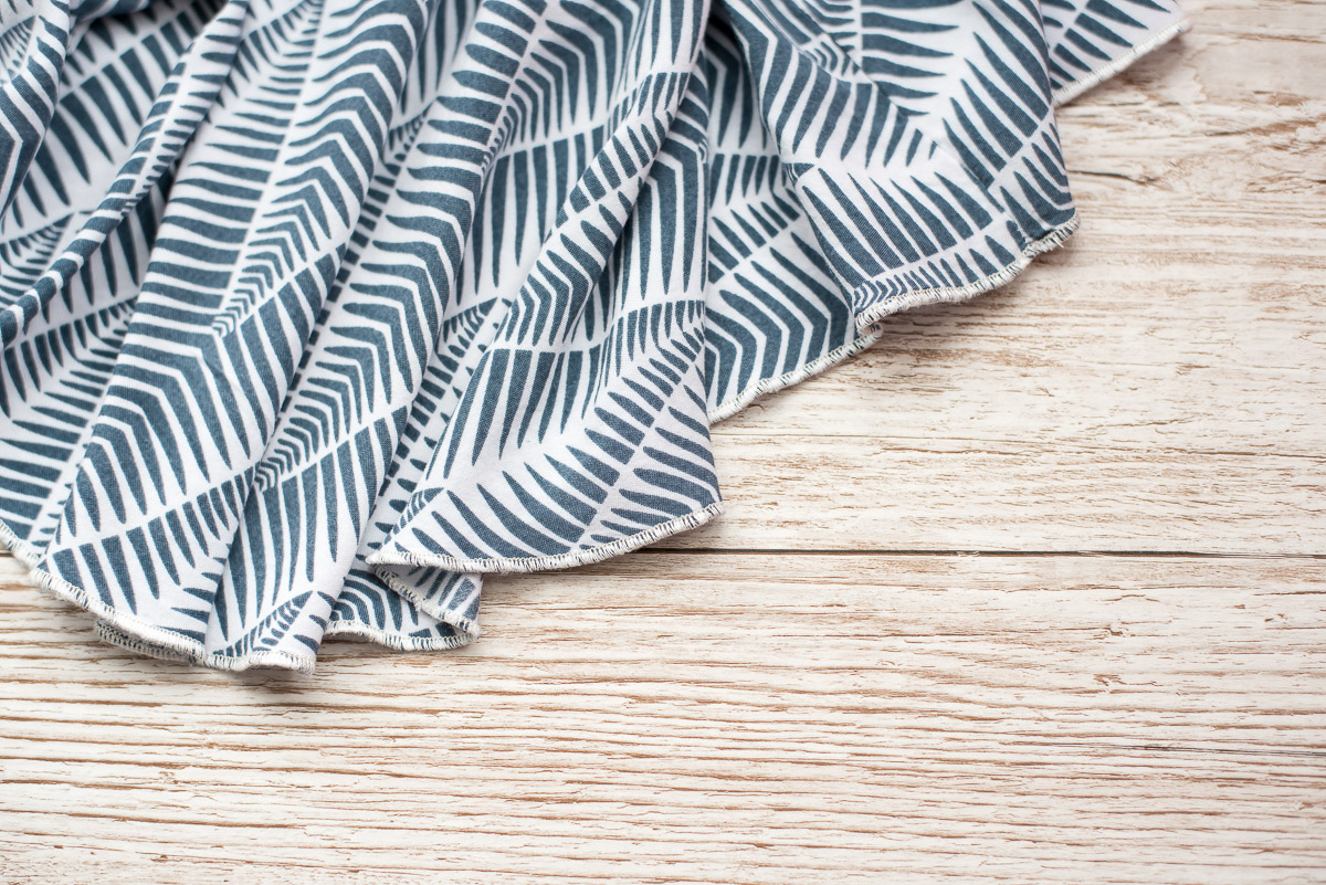7 types of hem finish and their uses. Roll hem.