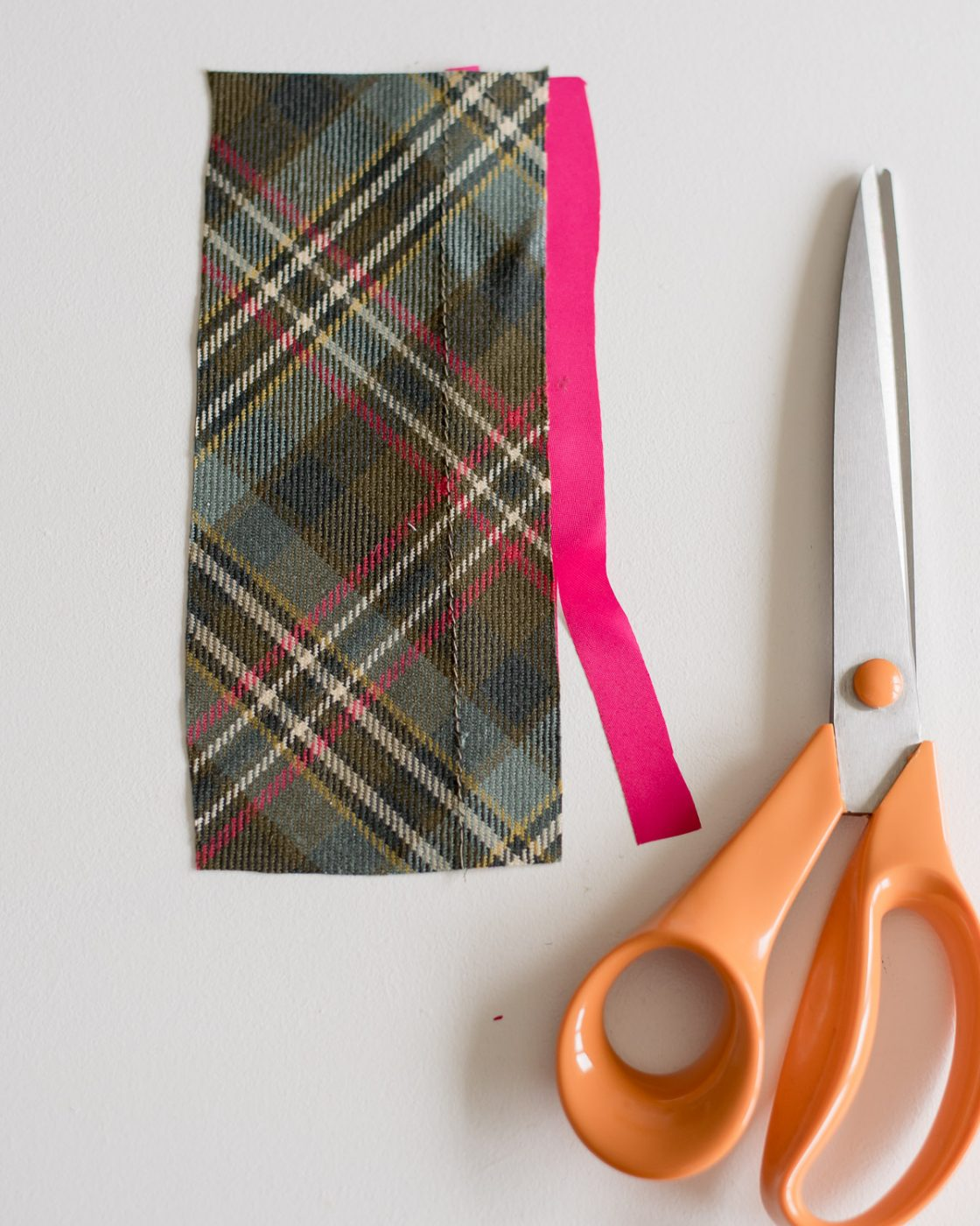 Tutorial: Add bias insert detail to a jacket lining. Step 5